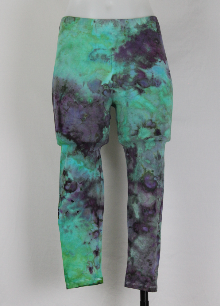 Tie dye capri leggings size Small - ice dye - Undercurrent (1)