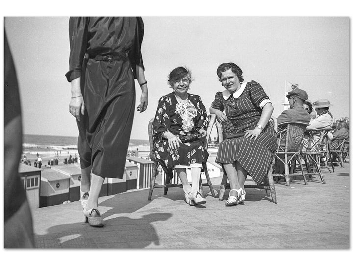 Ladies at the beach, Ostend 1932