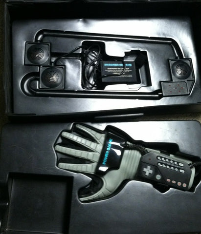 NES Power Glove with Collectors Case    NES PRE-PLAYED ACCESSORY