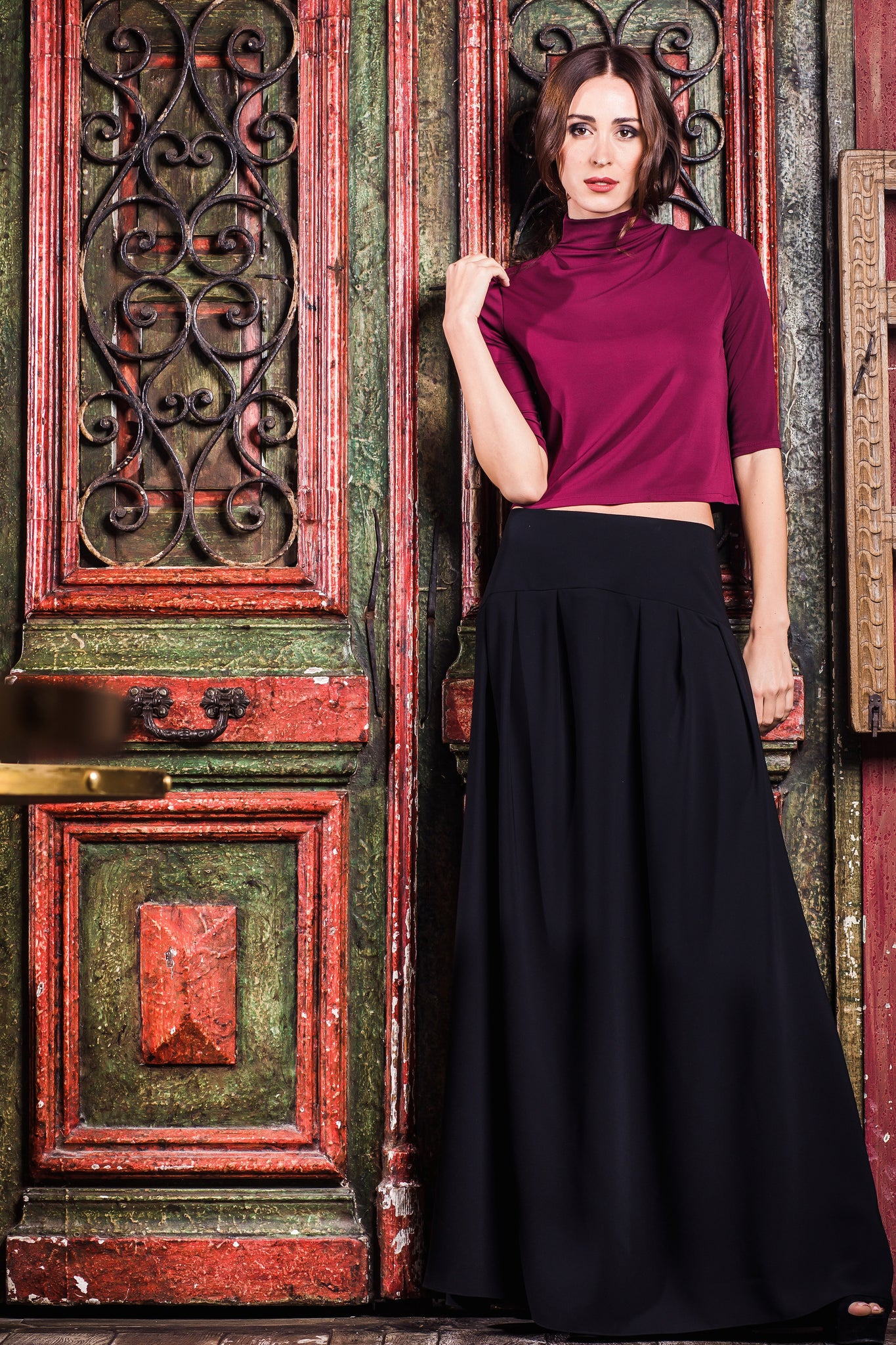 Black Pleated Long Skirt