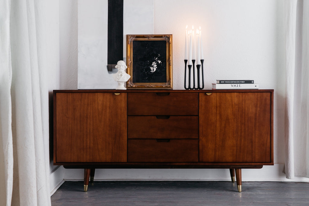 Styling a Mid-Century Modern Credenza