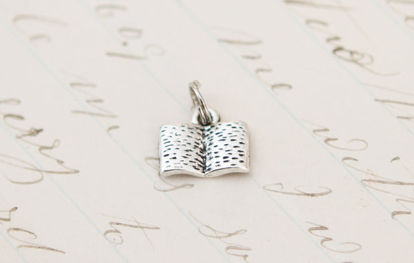 Book Tiny Charm - Jennifer Dahl Designs