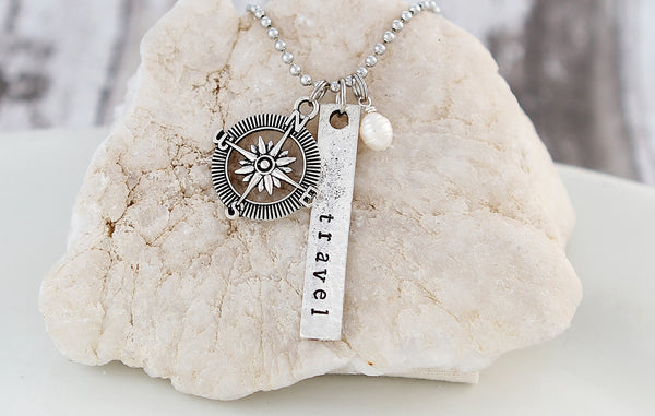 Travel Pearl Necklace