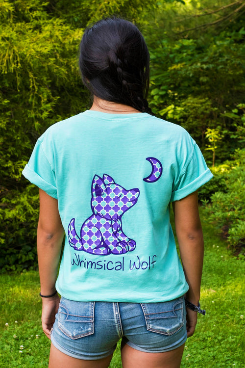Island Reef Short Sleeve with Quatrefoil Pattern - Whimsical Wolf