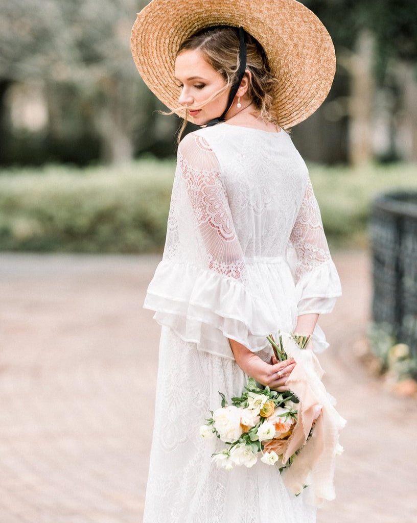 bohemian vintage lace wedding dress