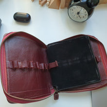 12-Pen Case (Seconds)