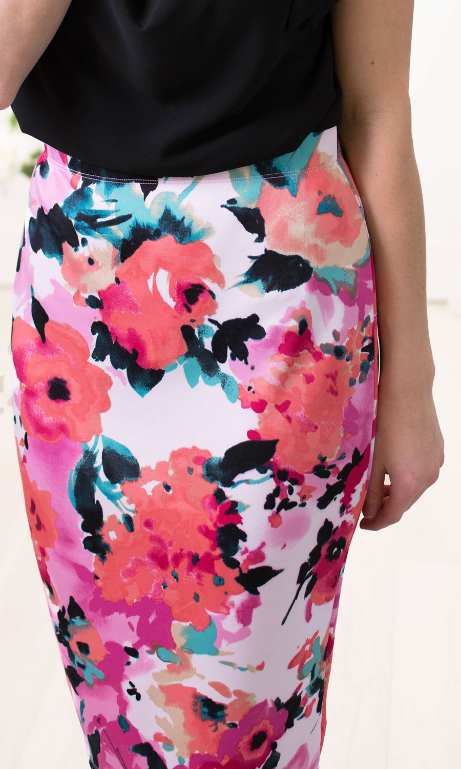 Reign - Floral Pencil Skirt