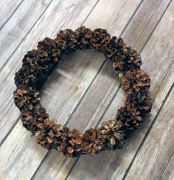 9 inch round natural wood pinecone wreath