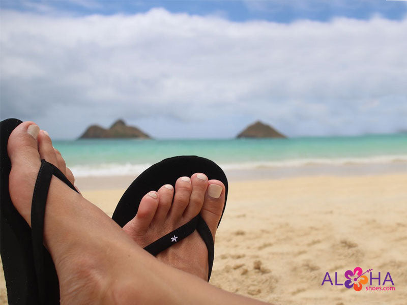 Scott Women's Mele Sandals | Black Beach Flip-Flops - AlohaShoes.com
