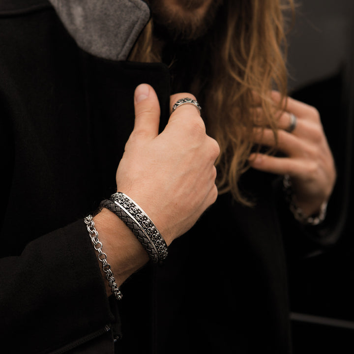 Check Out Why Leather And Silver Bracelets Are So Popular In Mens