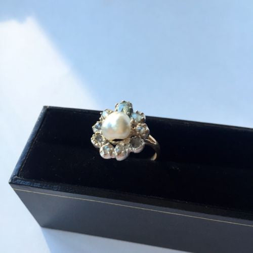 Vintage 18K Gold Ring Baroque White Pearl 8mm & Rose Cut Diamonds Size 7.75