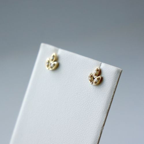 Cute 18K Yellow Gold BABY PEARLS STUDS EARRINGS