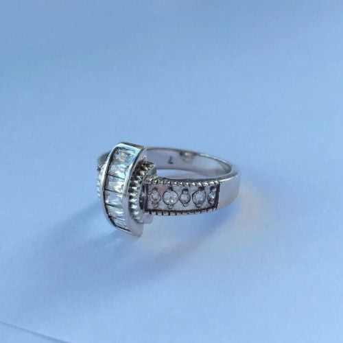 Sterling Silver Zircon Ring stamped 925 Size 7.5