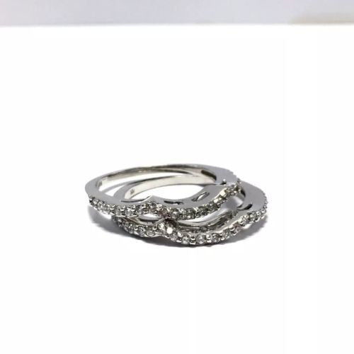 Beautiful 10K White Gold DOUBLE RING Size 7.5, 3.8g