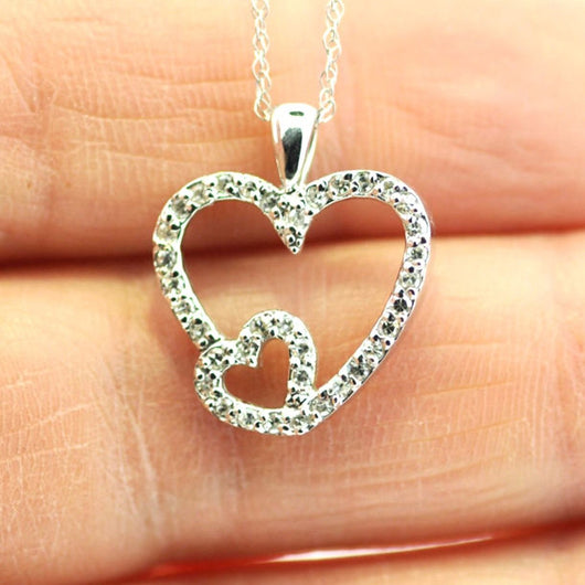 14K White Gold HEART DIAMOND 0.2 TCW PENDANT w/ Chain, 1g