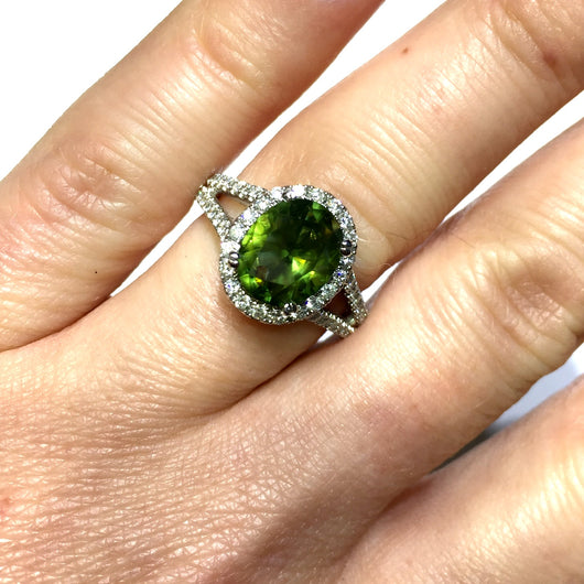 New 18K White Gold 2.02ct Oval PERIDOT & 0.7TCW F-G VS DIAMONDS Ladies Ring 6.6g