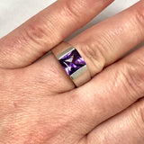 CARTIER 18K White Gold Ladies Ring with genuine Amethyst
