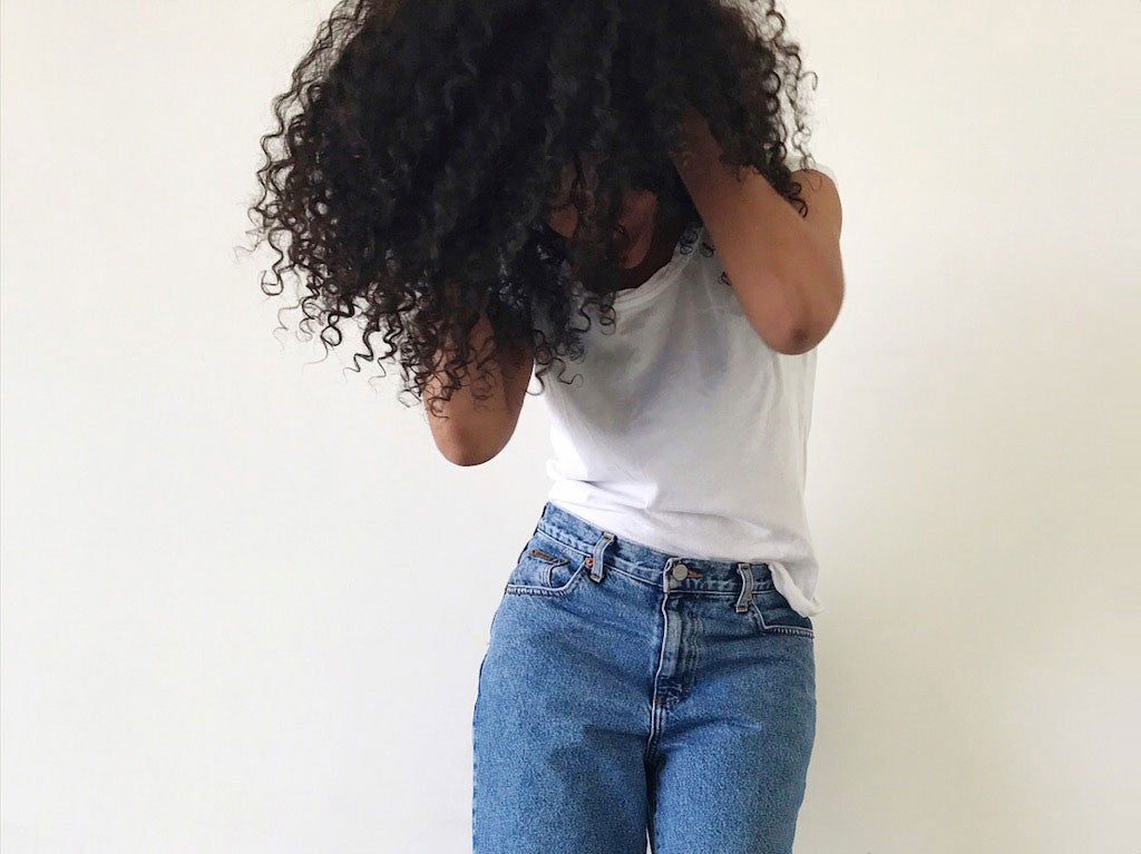Prelovely | Vintage 90s Calvin Klein Mom Jeans and Curly Hair
