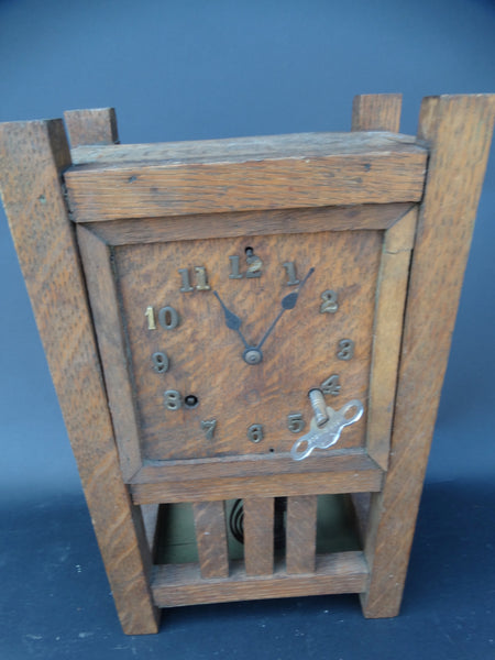 Arts and Crafts Shelf Clock with Key