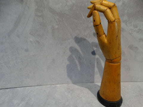 Display hand - articulated wood