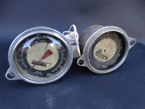 Graham Hollywood 1940-41 Speedometers (2)