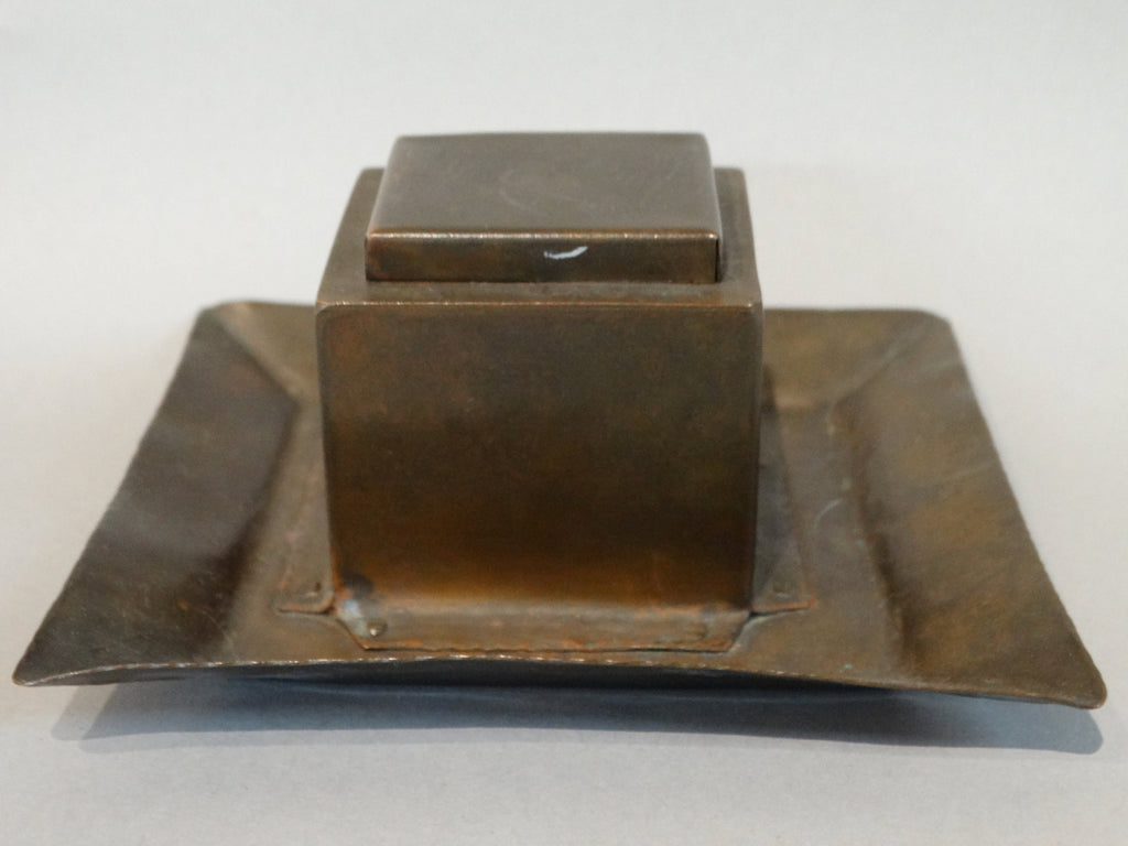 Arts & Crafts Copper Hand-hammered Inkwell 1900-1910
