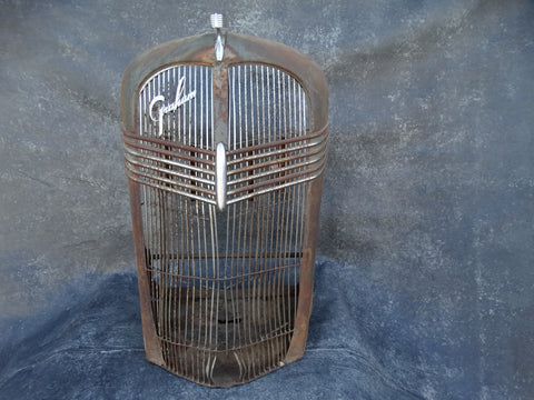 Graham Frontpiece Grille with Ornament