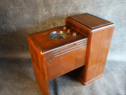 A Zenith 5s237 Chairside Radio - 1938 - A2394