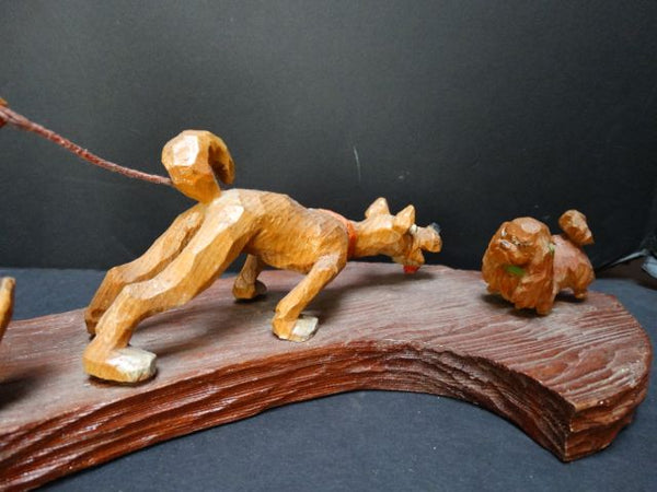 "Folk Art Carving ""What a dog!"""