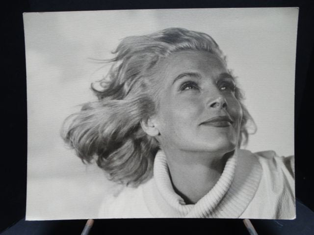 Lizabeth Scott Photograph by Bill Avery