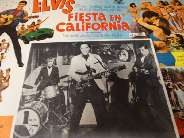 Elvis: Fiesta en California lobby card