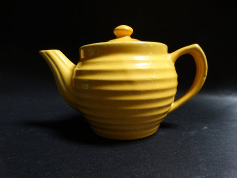 Bauer Ringware Small Teapot in Yellow B3030