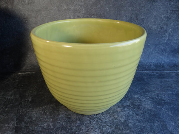 Bauer Ringware Pot in Chartreuse B3100