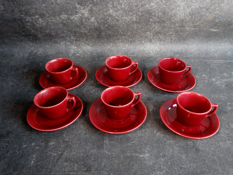 Bauer Modern Set of 6 Cups & Saucers in Burgundy B3122