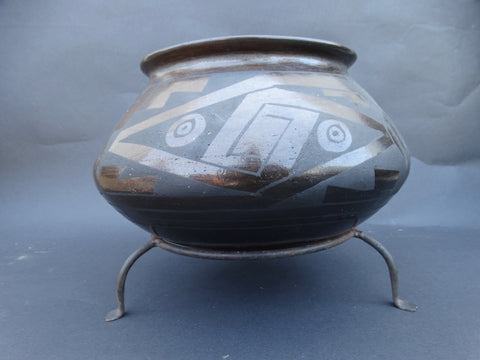 Native American Burnished Black on Brown Pot