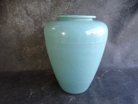Garden City Oil Jar circa 1930s CA2107