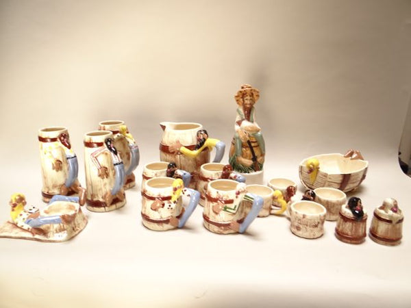 "Twin Winton ""Clem"" Collection 17-piece Set 1940s"