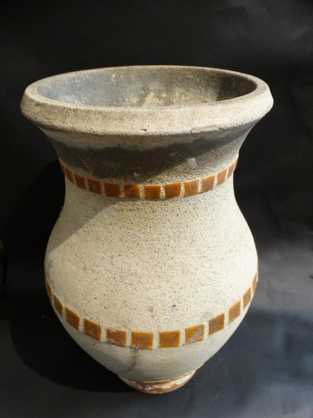 Hillside Urn with Three Rows of Tiles