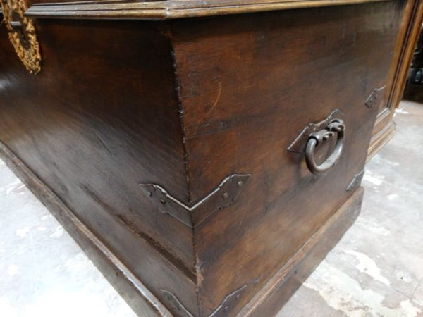 17th Century Spanish Colonial Monumental Trunk