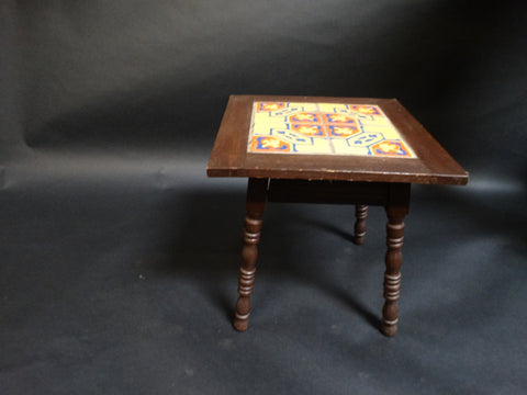 Tudor 4-Tile California Table