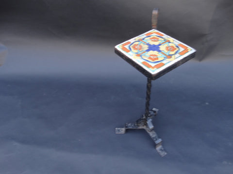 Tudor Tile Drink Stand With Handle