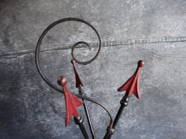 Wrought Iron Deco Arrow Tripod Drink Stand