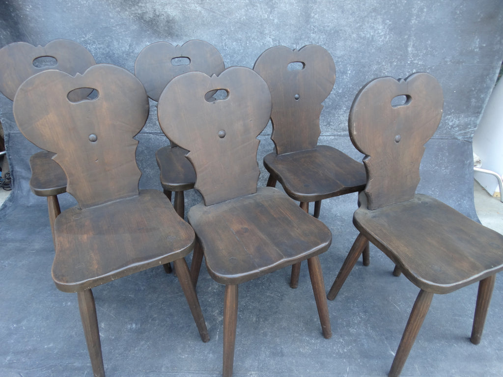 Set of 6 Monterey Classic Old Wood Keyhole Chairs c 1930s F2182