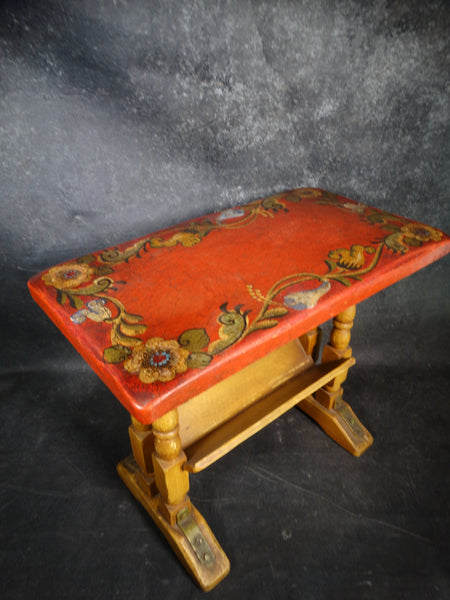Monterey Crackle-Top Side Table circa 1931 F2204