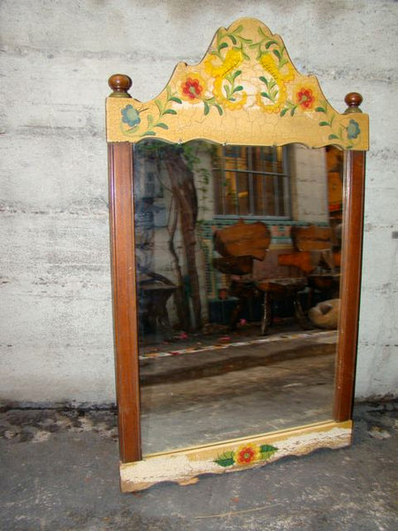 Imperial Crackle Entry Mirror with Floral Decoration