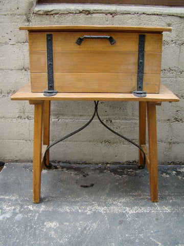 Imperial Classic Desk on Stand