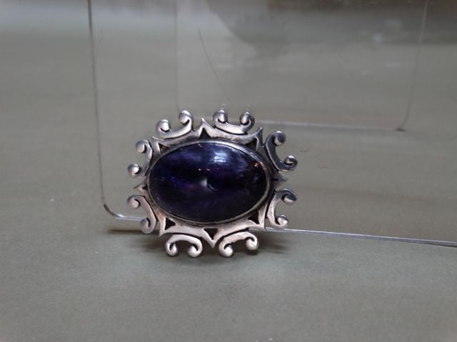 Mexican Single Amethyst Silver Pin