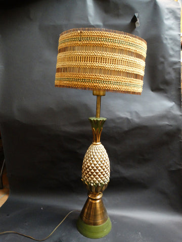 Mid-Century Pineapple Lamp with Sascha Brastoff Shade