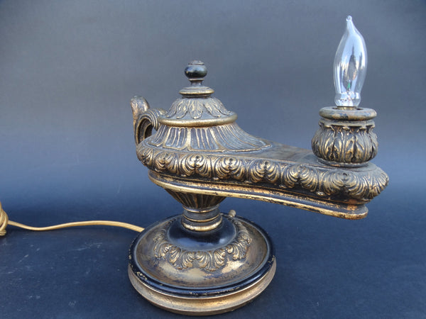 Aladdin Lamp with Flickering Bulb