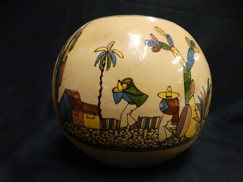 Tlaquepaque Ivory Ball Vase